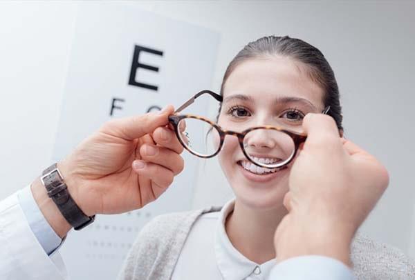 لیزیک و رهایی از عینک